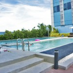 THE CRIMSON HOTEL – FILINVEST CITY, MANILA – PHILIPPINES - The pool