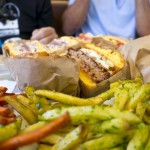 GOTT'S ROADSIDE RESTAURANT – NAPA VALLEY, CA – USA - Burgers and fries