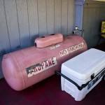 ONO TACOS – MAUI, HI – USA - Pink propane tank