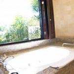 Sheraton Maui - Hawaii - Bathtub presidential suite