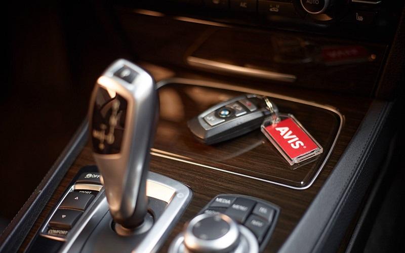 Avis Car Rental Review